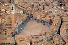 Corse cavalli – Il Palio di Siena